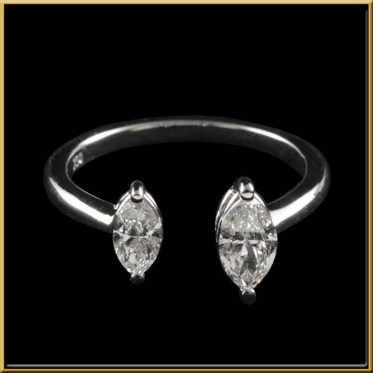 Modern Toi et Moi Diamond Fashion Ring in 18 Karat Gold For Sale