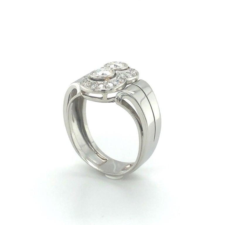 Toi et Moi Old European Cut Diamond Ring in 18 Karat White Gold and Platinum For Sale 3