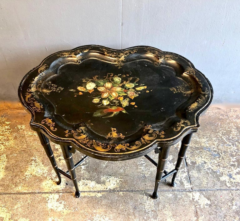 Tole Tray Table, 19th Century For Sale 4