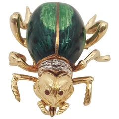 Toliro Italy 18 Karat Enamel and Diamond Bee Brooch