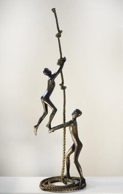 Tolla Inbar, Encouragement,  Bronze sculpture