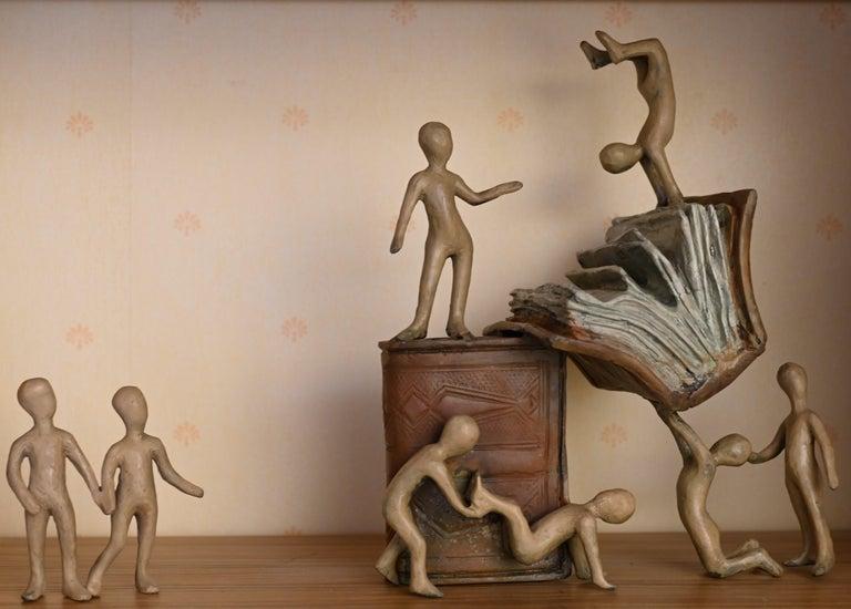 Tolla Inbar, Happy books,  Bronze sculpture - Sculpture by Tolla Inbar