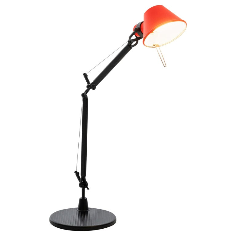 Tolomeo Micro Table Lamp in Black & Coral by Michele de Lucchi & Giancarlo Fassi For Sale