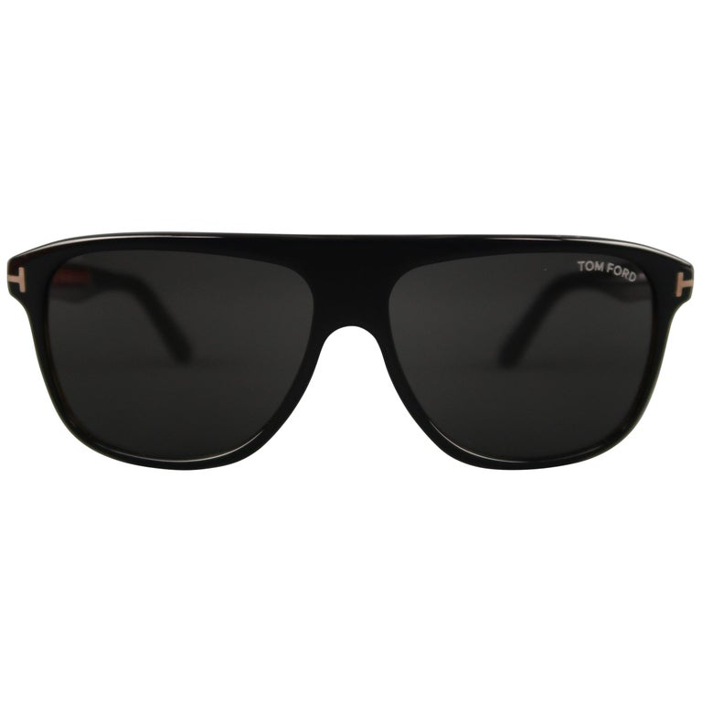 2f6c70c3b3 TOM FORD Black and Brown Totoise Gradient Acetate Aviator Inigo Sunglasses  For Sale at 1stdibs
