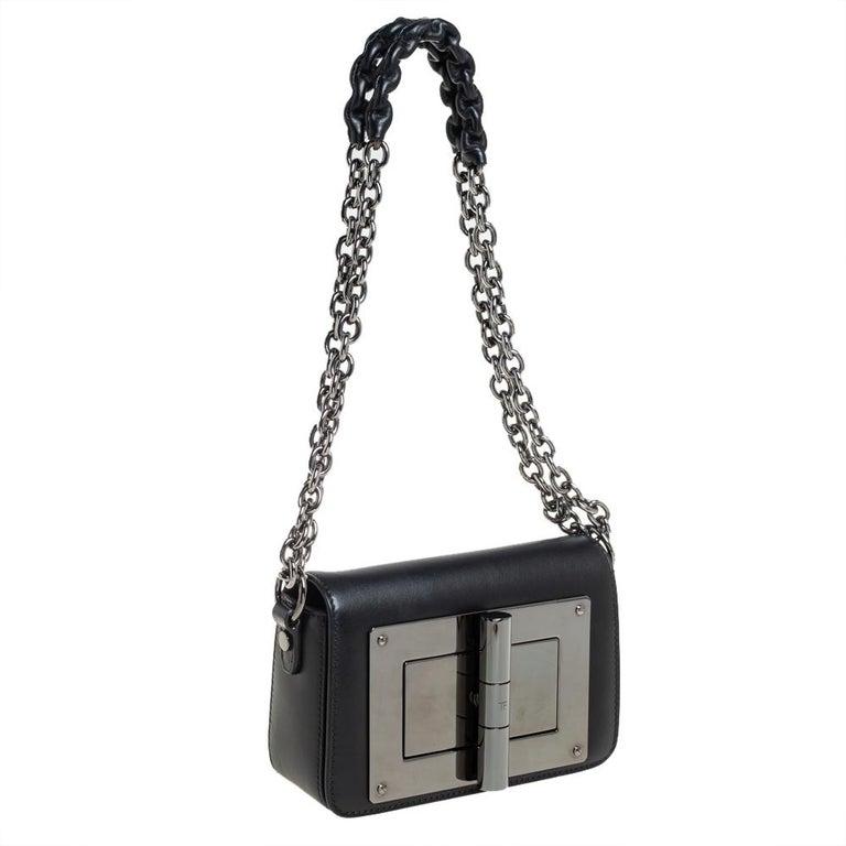 Tom Ford Black Leather Mini Natalia Chain Shoulder Bag In Good Condition For Sale In Dubai, Al Qouz 2