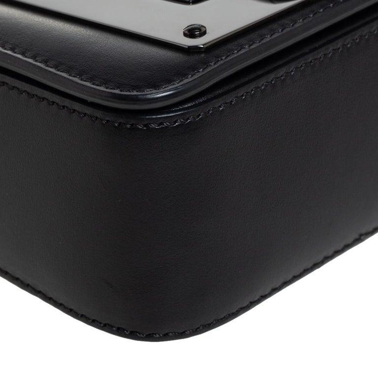 Tom Ford Black Leather Mini Natalia Chain Shoulder Bag For Sale 3