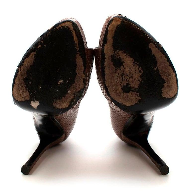Tom Ford Brown Snakeskin Peep Toe Platform Pumps - 37.5 For Sale 3