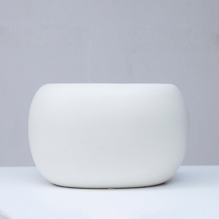 Beautifully shaped, these matte white ceramic was designed by Tom Ford for the Gucci store in Florence 1994. Signed Gucci and Made in Italy. A must have for every fashionista.