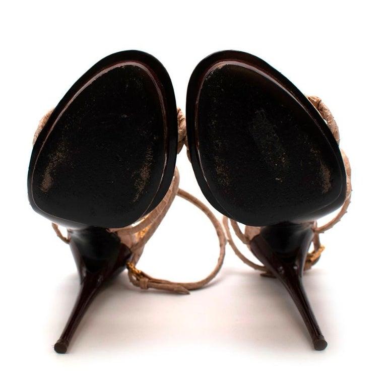 Tom Ford Cream Snakeskin Strappy Heeled Platform Sandals - Size 38 For Sale 3