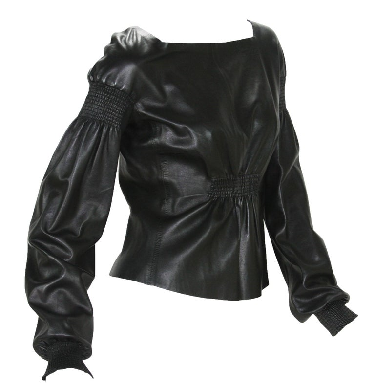 Tom Ford for Gucci Black Leather Top F/W 1999 Runway Collection Designer size - 42 Super soft leather, square neck line, back zip closure. Made in Italy Excellent vintage condition.