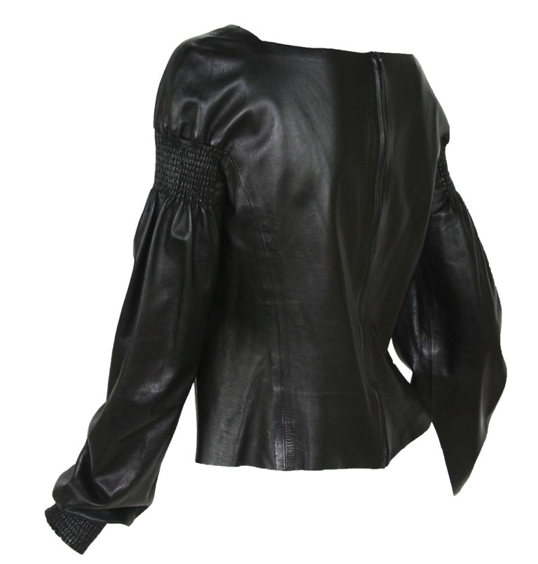 Women's Tom Ford for Gucci F/W 1999 Super Soft Black Leather Back Zip Top Jacket 42 For Sale