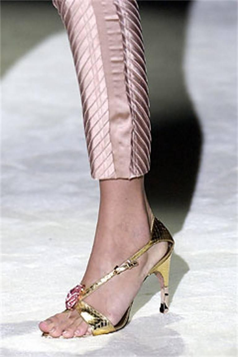 Beige Tom Ford for Gucci Python Snake Head Ad Runway Heels Sz 37.5 For Sale