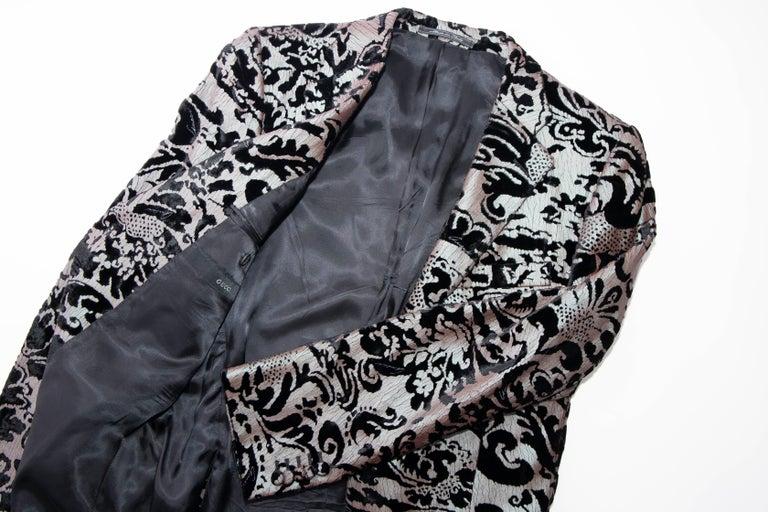 Tom Ford for Gucci Runway Damask Velvet Men's Tuxedo Blazer, Spring 2000 For Sale 12