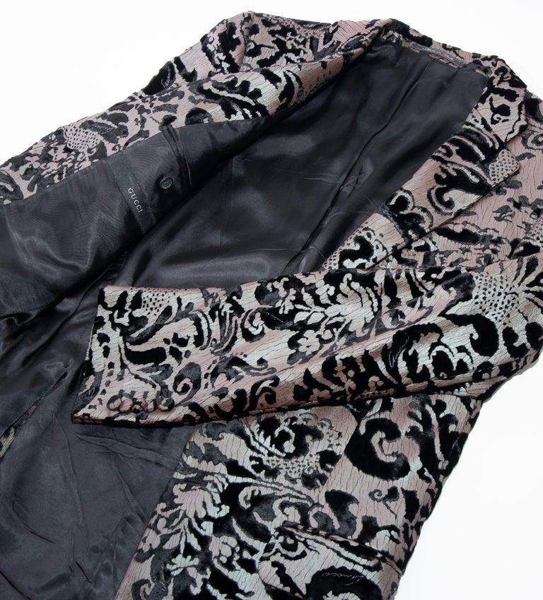 Tom Ford for Gucci Runway Damask Velvet Men's Tuxedo Blazer, Spring 2000 For Sale 13