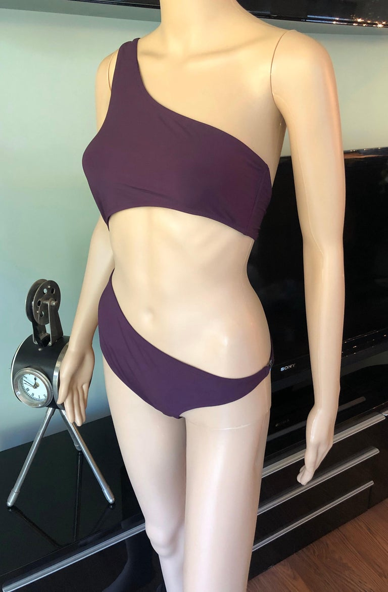 Tom Ford for Gucci S/S 1995 Cutout One Shoulder Bodysuit Swimsuit In Excellent Condition For Sale In Totowa, NJ