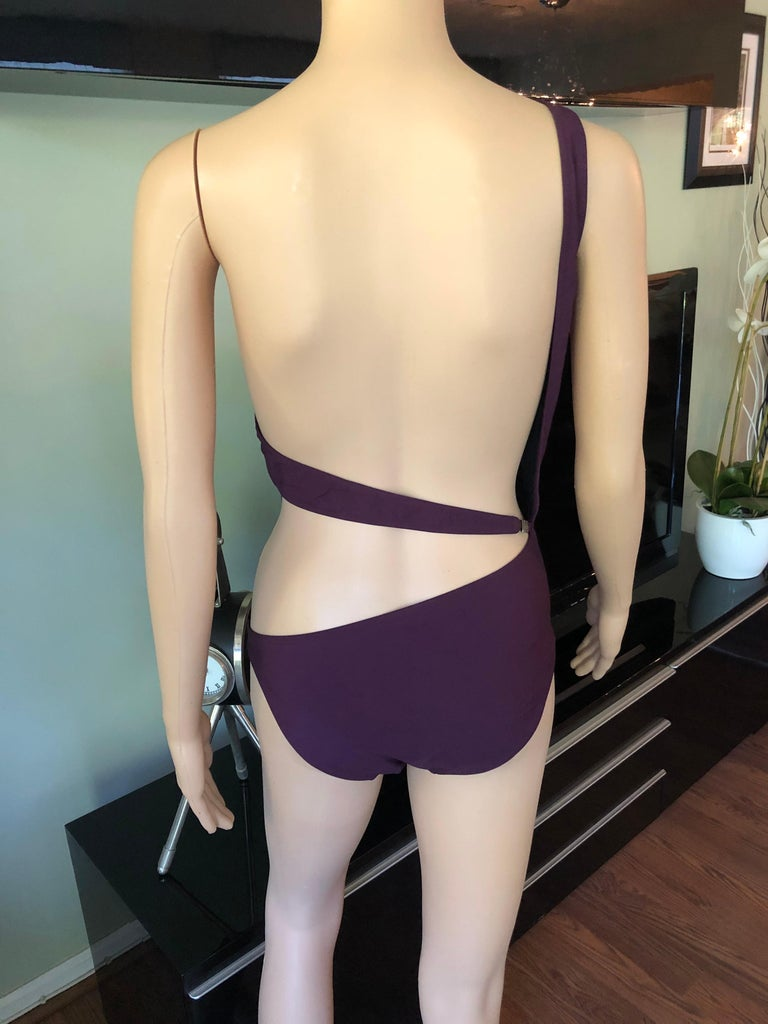 Tom Ford for Gucci S/S 1995 Cutout One Shoulder Bodysuit Swimsuit For Sale 3