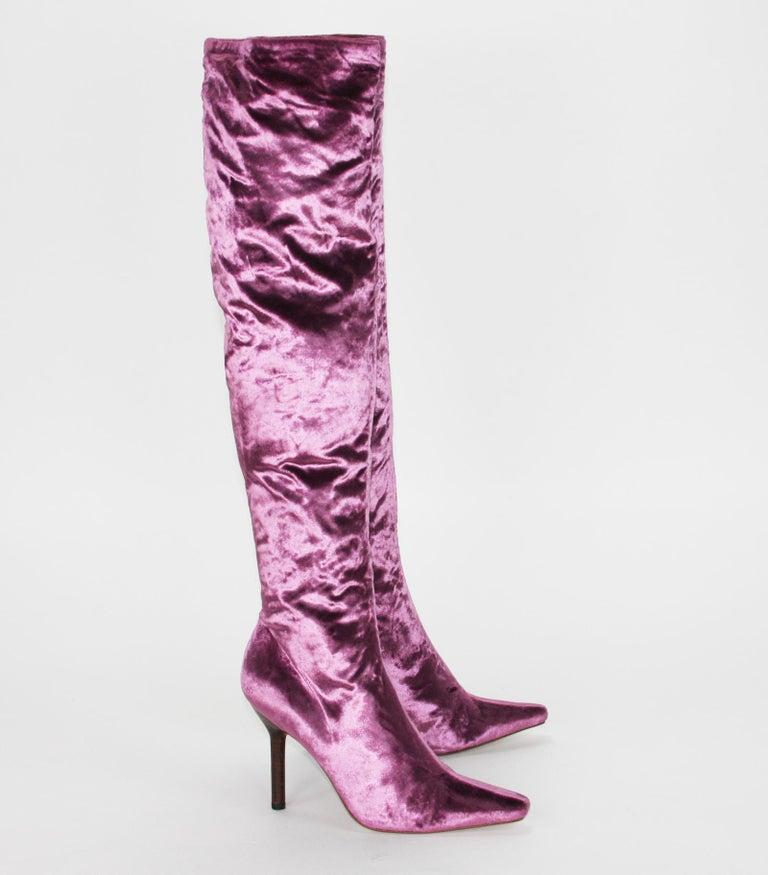 Brown Tom Ford for Gucci Vintage F/W 1999 Pink Velvet Over Knee Boots 7.5 B For Sale