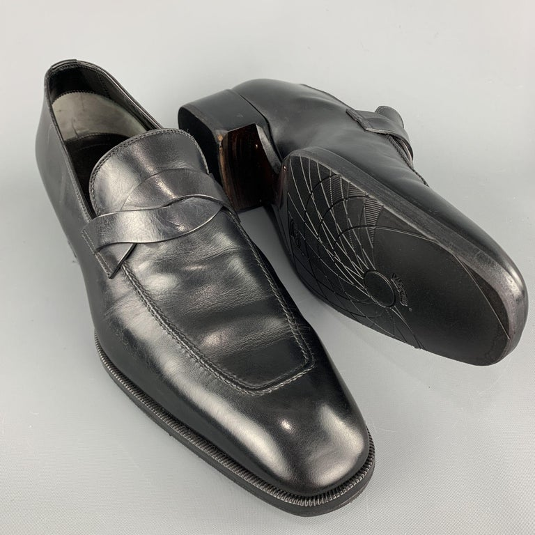 TOM FORD Shoes - Size 12 Black Solid Leather Slip On Loafers  In Excellent Condition For Sale In San Francisco, CA