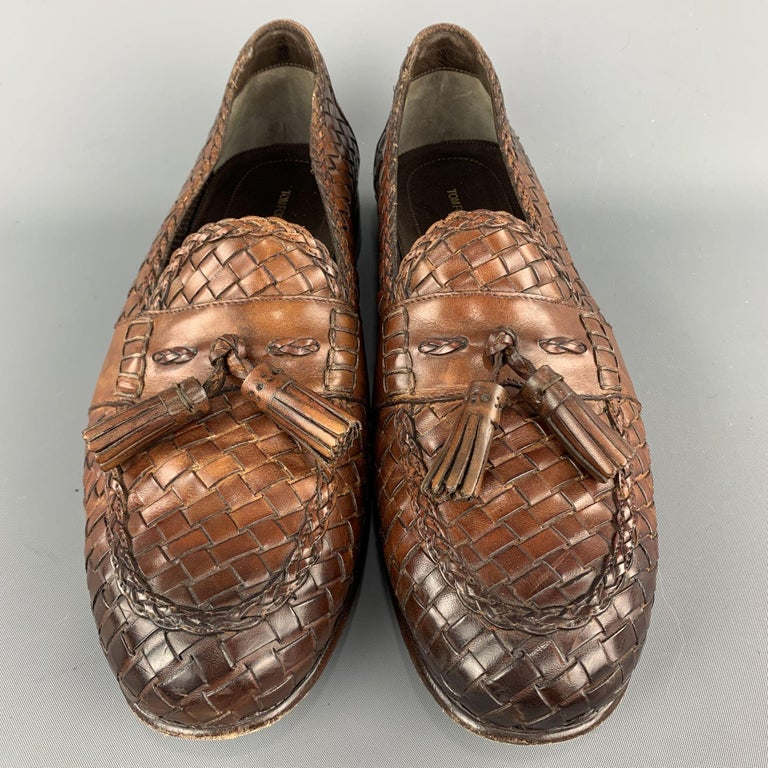 TOM FORD Size 11 Tan Woven Leather Slip On Loafers In Excellent Condition For Sale In San Francisco, CA