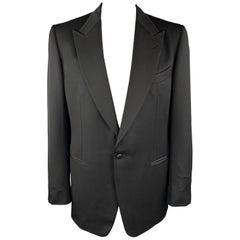 TOM FORD Size 46 Black Silk / Rayon Peak Lapel Single Button Tuxedo Long Sport C