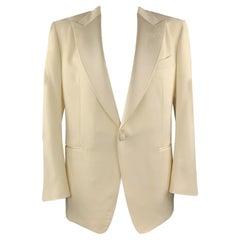 TOM FORD Size US 48 IT 58 R Cream Wool / Mohair Peak Lapel Tuxedo Sport Coat