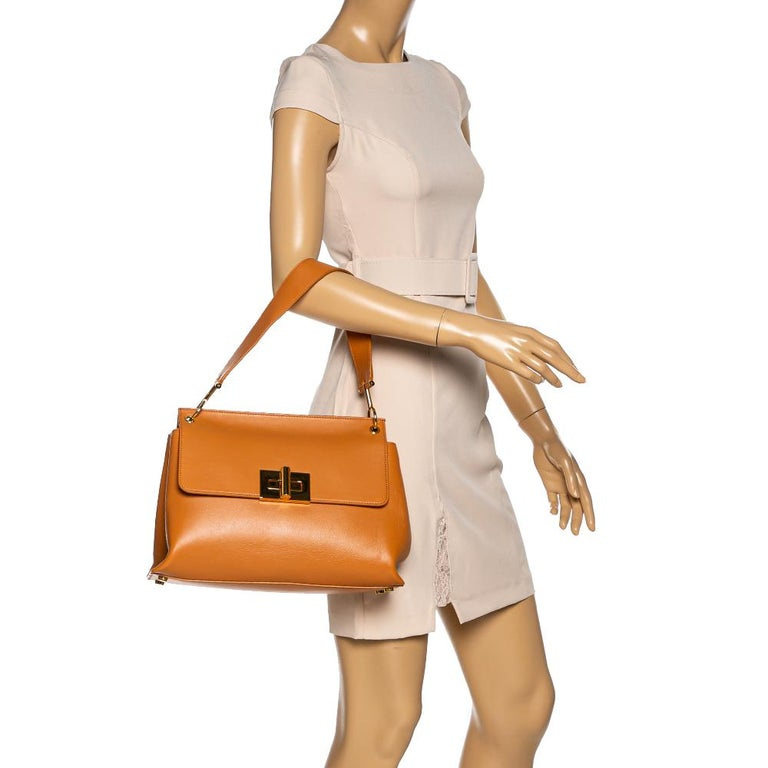 Brown Tom Ford Tan Leather Natalia Shoulder Bag For Sale