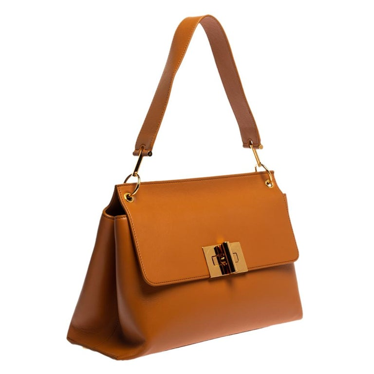 Tom Ford Tan Leather Natalia Shoulder Bag In Good Condition For Sale In Dubai, Al Qouz 2