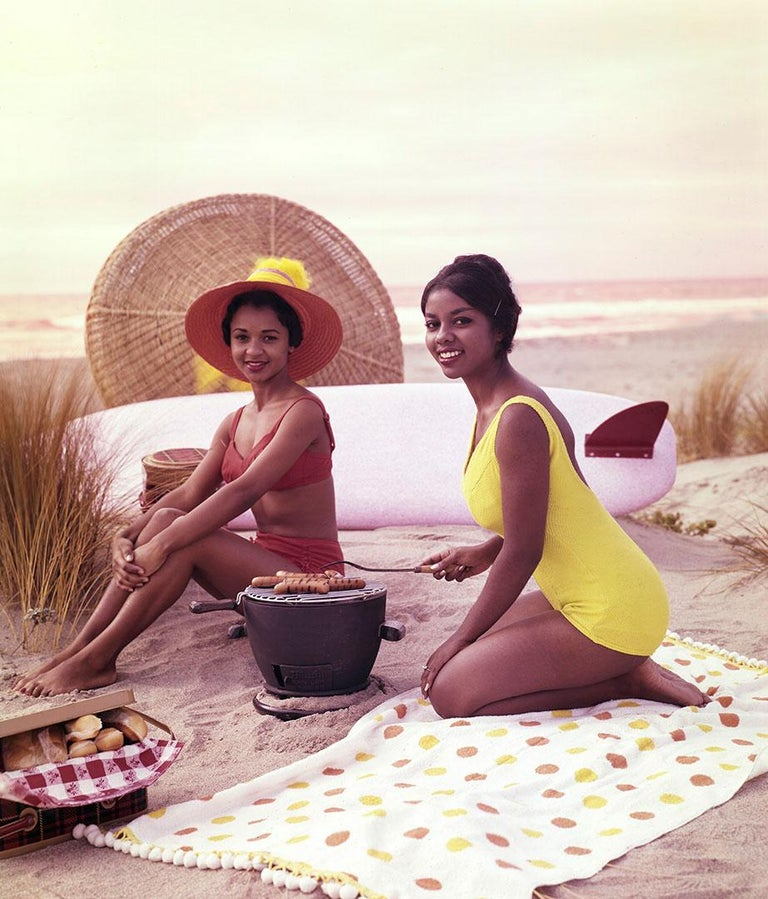Tom Kelley Color Photograph - Models on the Beach