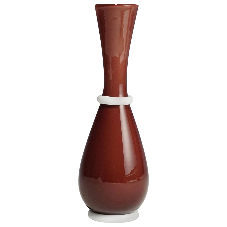 Tomaso Buzzi for Venini Vase in Purple and Lattimo Glass, circa 1932