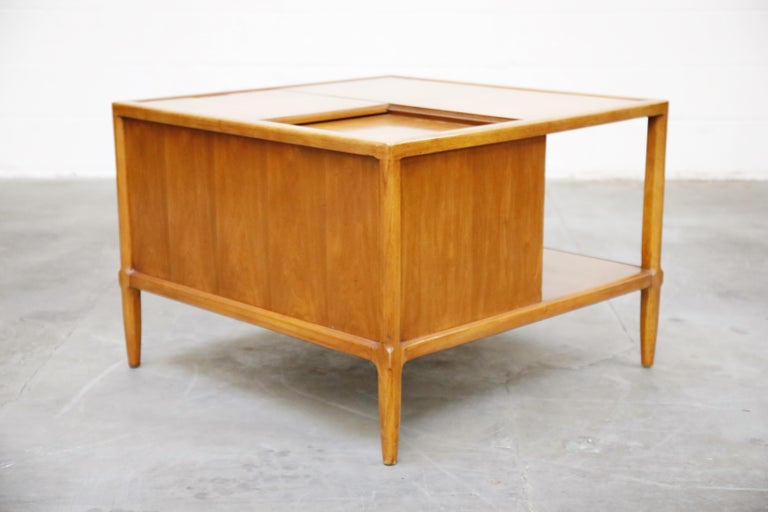 Tomlinson Sophisticate Cocktail Bar and Storage Coffee Table, 1950s, Signed For Sale 3