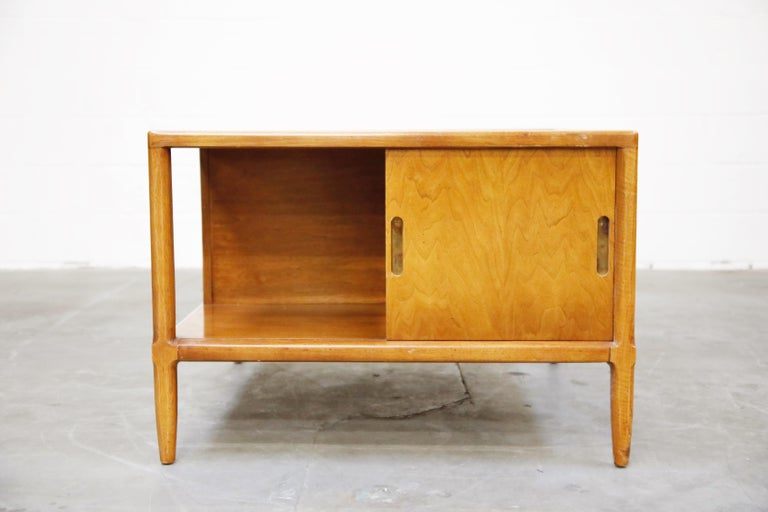 Tomlinson Sophisticate Cocktail Bar and Storage Coffee Table, 1950s, Signed For Sale 7