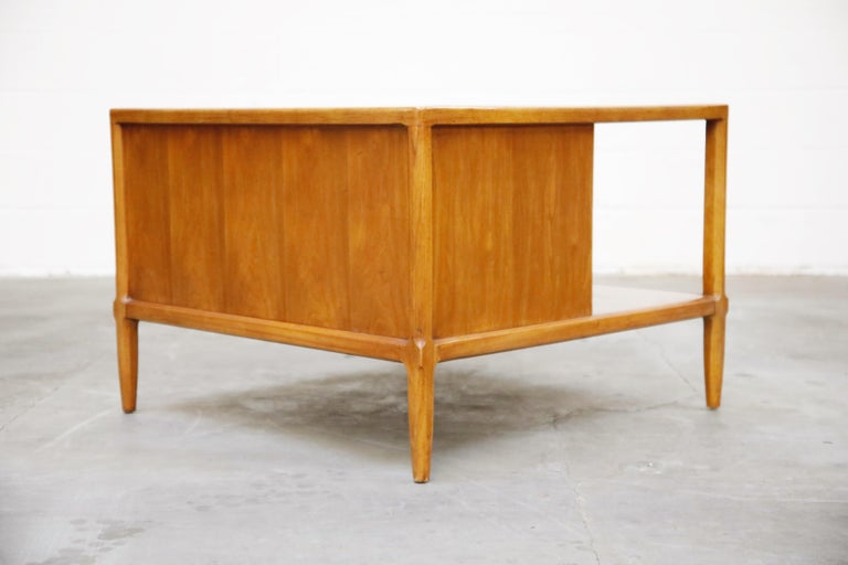 Tomlinson Sophisticate Cocktail Bar and Storage Coffee Table, 1950s, Signed For Sale 8