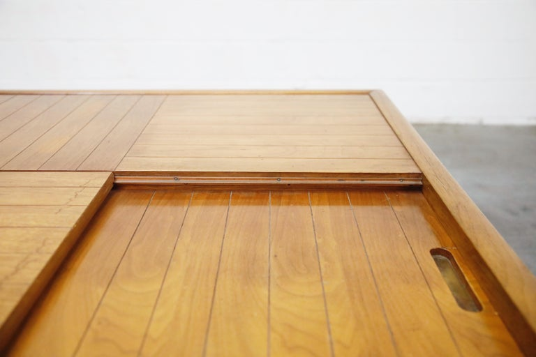Tomlinson Sophisticate Cocktail Bar and Storage Coffee Table, 1950s, Signed For Sale 10