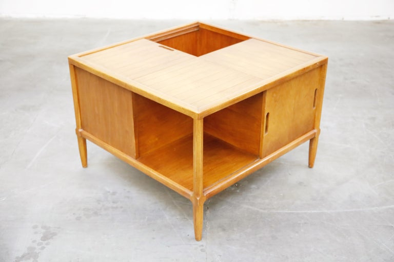 Wood Tomlinson Sophisticate Cocktail Bar and Storage Coffee Table, 1950s, Signed For Sale