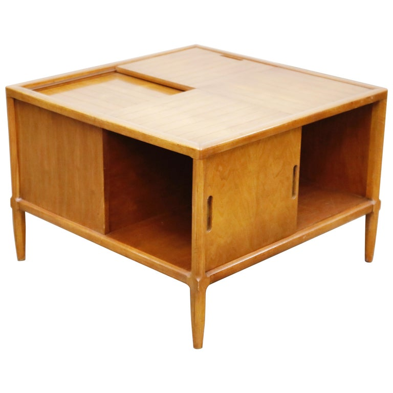 Tomlinson Sophisticate Cocktail Bar and Storage Coffee Table, 1950s, Signed For Sale