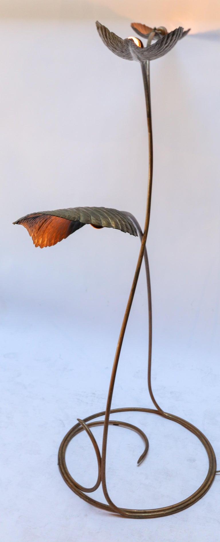 Tommaso Barbi 1970s Italian Brass Leaf Floor Lamp For Sale 2