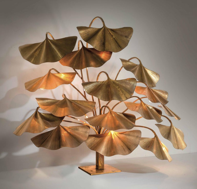 European, Italian, Midcentury Modern, Brass, Floor Light By Tommaso Barbi.  Tommaso Barbi Large lamp composed of 16 leaves each with its own light, structure and reflectors are in brass and chiseled brass.  Production Bottega Gadda, Italy,