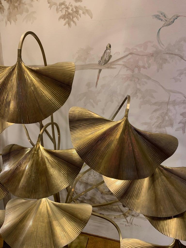 Tommaso Barbi Leaves Floor Lamp, Bottega Gadda Manufactured in 1970 circa, Brass In Good Condition For Sale In Pambio Noranco, CH