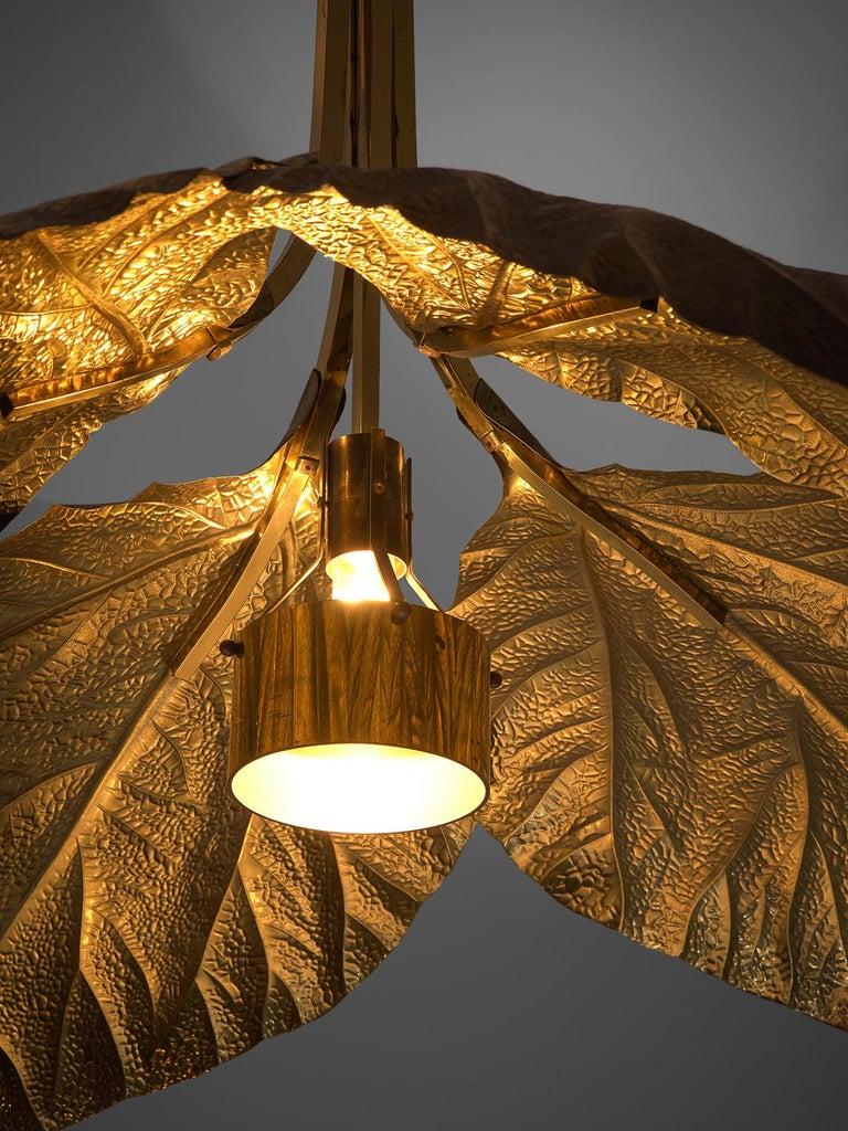Late 20th Century Tommaso Barbi Rhubarb Leaf Brass Chandelier For Sale