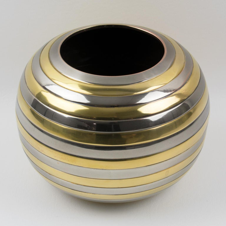 Tommaso Barbi Style Chrome and Brass Striped Vase In Good Condition For Sale In Atlanta, GA