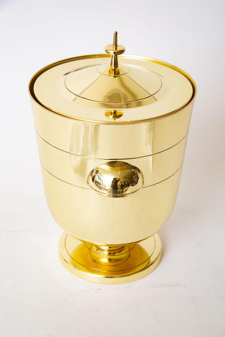 Tommi Parzinger Brass Ice and Champagne Bucket Mid-Century Modern Barware In Good Condition For Sale In North Miami, FL