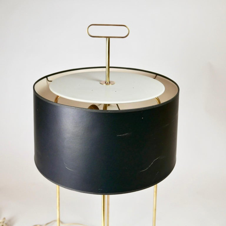 Tommi Parzinger Originals Model 19 Table Lamp in Brass with Original Shade In Good Condition For Sale In Hudson, NY