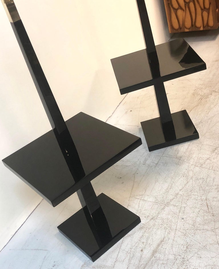 Tommi Parzinger Pair of Modernist Black Lacquer Floor Lamps In Good Condition For Sale In Miami, FL