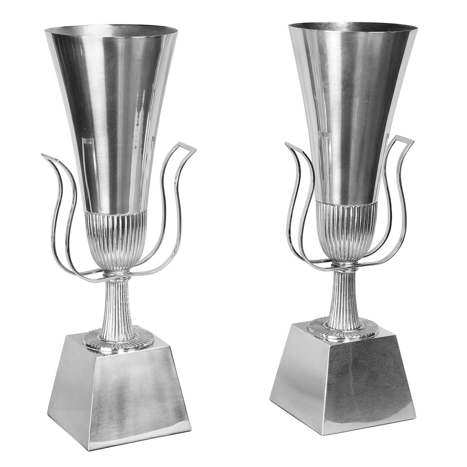 Tommi Parzinger Pair of Urn-Shaped Silver Plated Table Lamps, 1940s