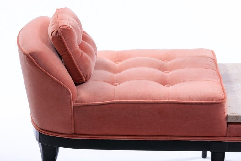 Tommi Parzinger Style Hollywood Regency Gondola Bench in Rosé Velvet, circa 1960 In Good Condition In Saint Louis, MO