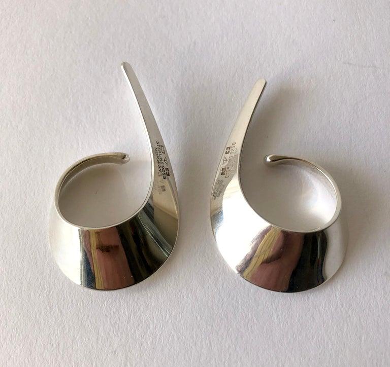 Tone Vigeland for Plus Sterling Silver Norwegian Modernist Sling Earrings For Sale 1