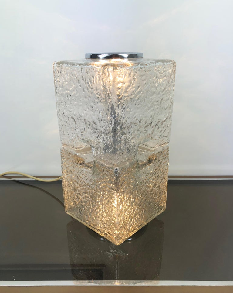 Late 20th Century Toni Zuccheri by VeArt Murano Glass 1970s Italian Design of Table Lamp For Sale