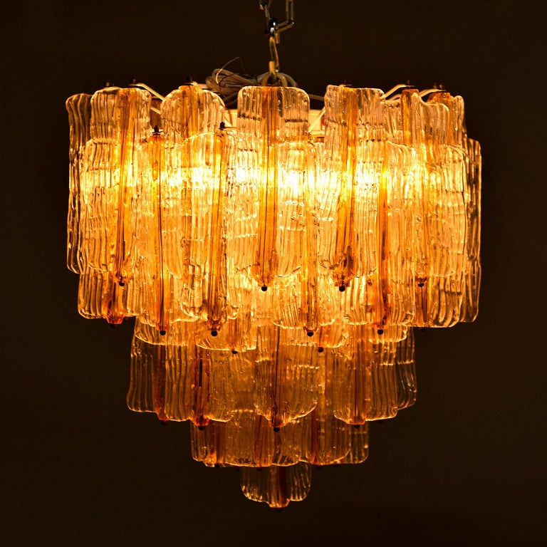 Toni Zuccheri for Venini Chandelier in Two-Toned Glass For Sale 6