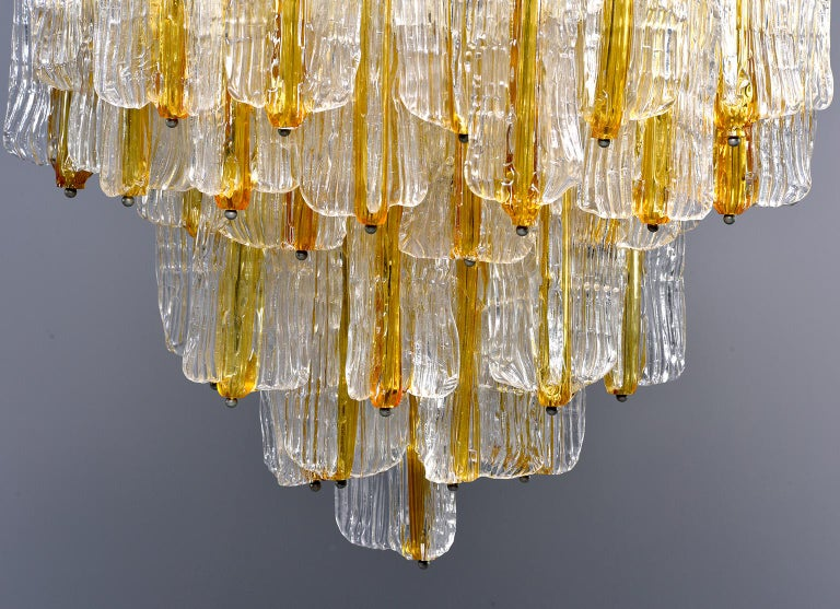 Toni Zuccheri for Venini Chandelier in Two-Toned Glass For Sale 2