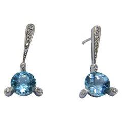 Topaz Diamonds and 18 Karat White Gold Dangle Earrings